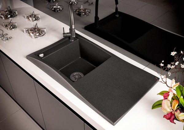 Кухонная мойка гранитная цвет черный Sirena 80